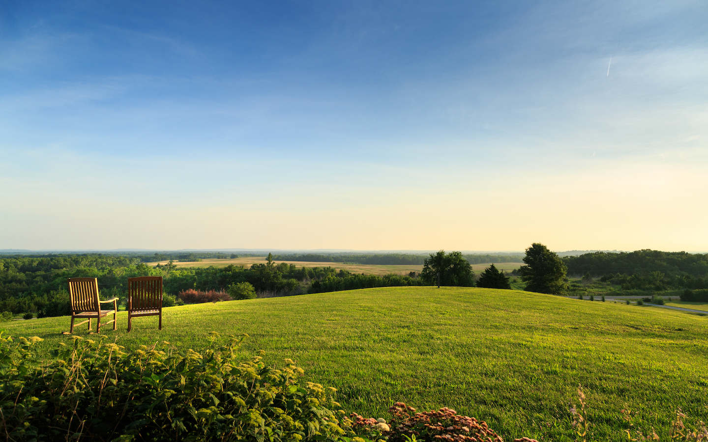 Stunning Views at our Romantic Midwest Getaway near Kansas City