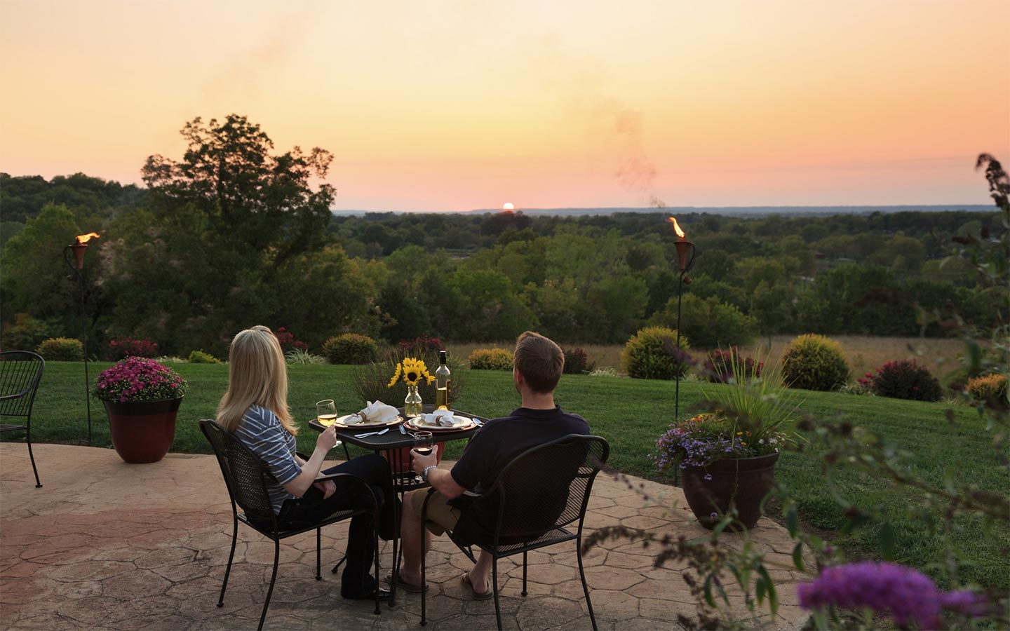 Photo Gallery of our Kansas Inn Sunset Views