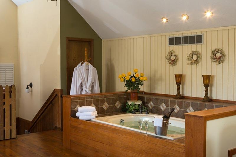 Interior room view at Cedar Crest Lodge