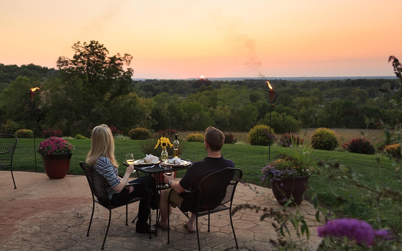 Couple on a retreat in Kansas